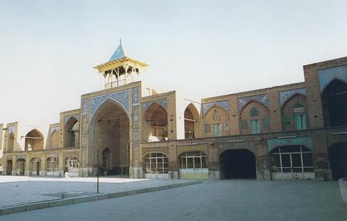 دانلود پاورپوینت معماری مسجد رحیم خان اصفهان