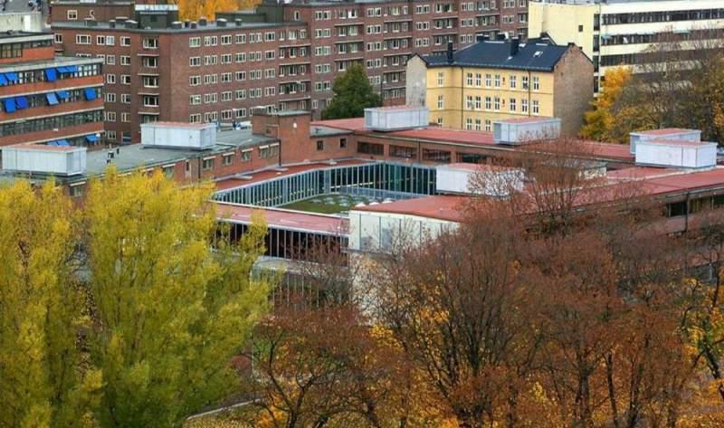 دانلود پاورپوینت بررسی و تحلیل مدرسه معماری اسلو(Oslo architecture  school)