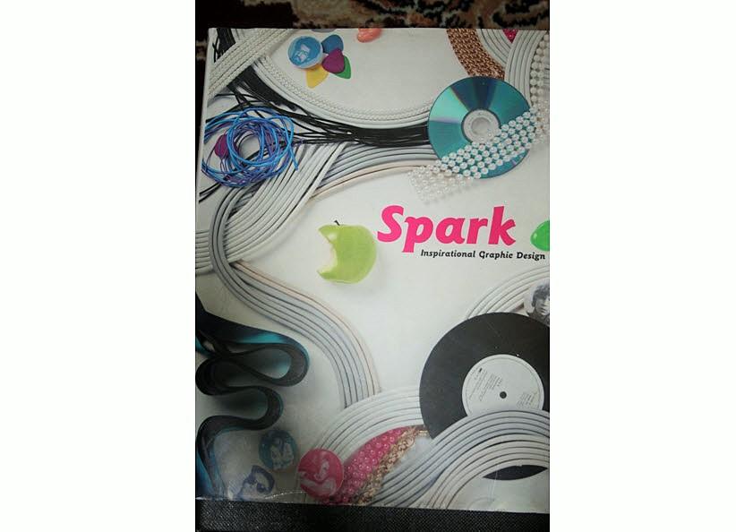 کتاب اسپارک  (طراحی الهام بخش گرافیکی)