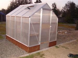 مراحل تصویری ساخت گلخانه