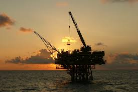 پروژه آماده: شرح وظايف و فعاليت هاي بالا دستي در صنعت نفت - 160 صفحه فایل ورد word