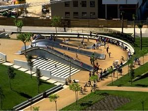 پاورپوینت انسان طبیعت معماری - آشنایی با طراحی محیط و منظر 42اسلاید