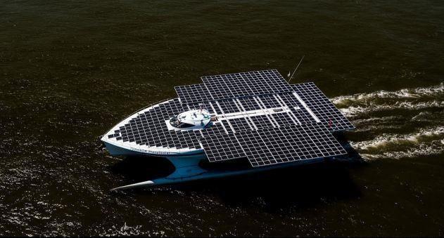 طراحی قایق خورشیدی در مقیاس مدل