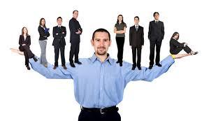 بررسی رابطه بین تیپهای شخصیتی مدیران و اثربخشی آنان از دیدگاه ذی نفعان