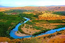 دانلود پاورپوینت  رودخانه ها و رسوبات در 20 اسلاید