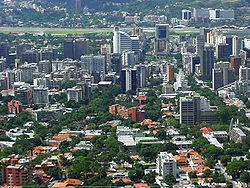 پاورپوینت کامل و جامع با عنوان بررسی شهر کاراکاس در 65 اسلاید