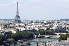 پاورپوینت کامل و جامع با عنوان بررسی شهر پاریس در 76 اسلاید