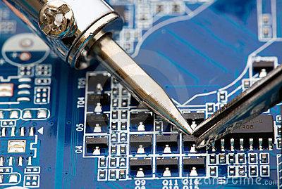 دانلود پاورپوینت الکترونیک صنعتی