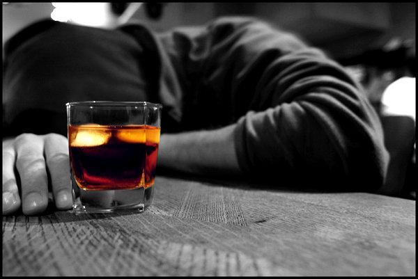 دانلود پاورپوینت درمانهای دارویی الکل
