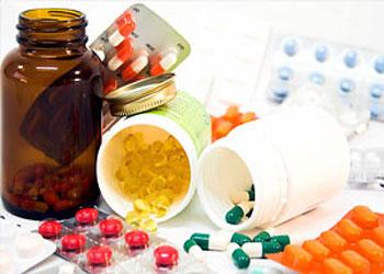 دانلود پاورپوینت داروهای پرکاربرد و عوارض آنها