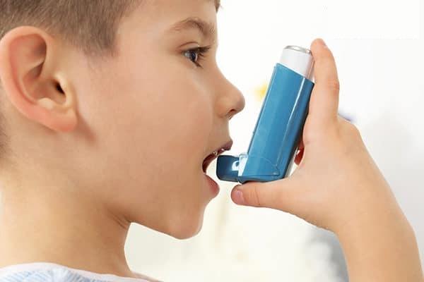 دانلود پاورپوینت آسم در کودکان و تاثیر ورزش بر آن
