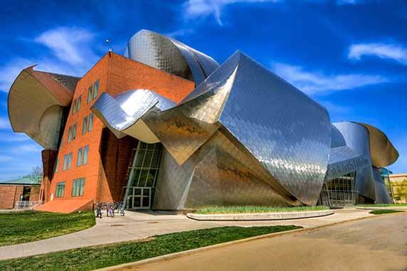 دانلود پاورپوینت معماری پرش کیهانی