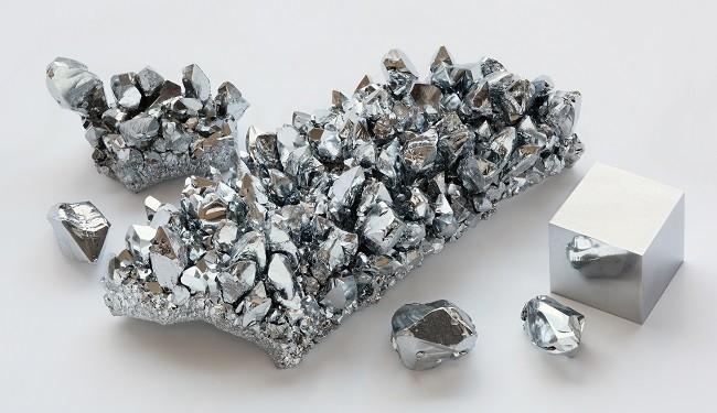 مقاله : تأثیر افزودن نیکل و مولیبدن بر روی چقرمگی  فلز جوش در لوله فولادی  HSLAبه روش SAW