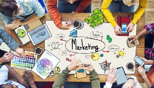 پروژه درس اصول بازاریابی برای محصول لپ تاپ (قابل