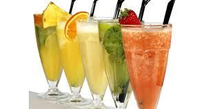 طرز تهیه پنجاه نوع نوشیدنی و همچنین نوشیدنی های رژیمی