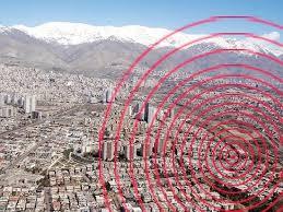پارامترهاي ايمني موثر در انتخاب مسیرهای بهینه تخليه اضطراري پس از زلزله