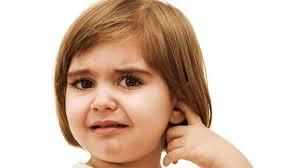 گوش درد کودک تان را با نسخه فوری در منزل درمان کنید !