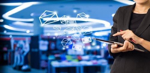 مجموعه ای بیش از 500000 هزار ایمیل ایرانی  به همراه نرم افزار ارسال ایمیل گروهی