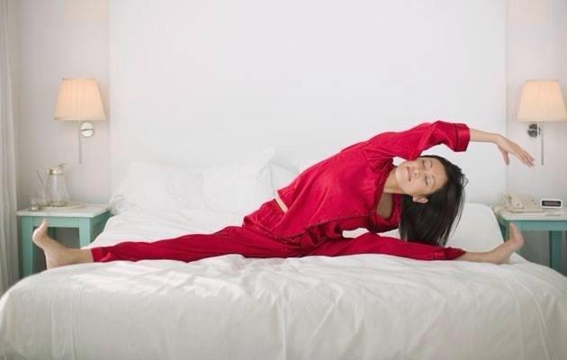 ورزش صبح گاهی در تخت خواب