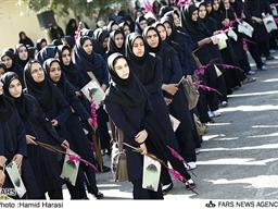 مقاله بررسی رابطه سبک های دلبستگی با هويت فردی در نوجوانان دختر متوسطه شهر ری (ناحيه ۱) تهران