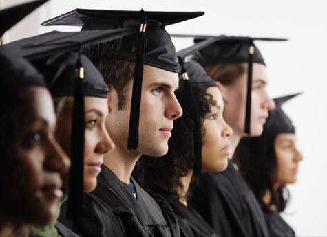مقاله بررسی رابطه بين سن و تحول قضاوت اخلاقی دانشجويان