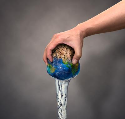 تصویر با کیفیت تحت فشار گذاشتن کره زمین