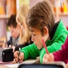 تحقیق پژوهشی عزت نفس و پیشرفت تحصیلی دانشجویان
