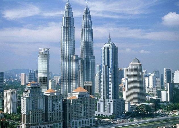 ساختمان های بلند یا آسمان خراشها