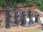 بهسازی و مقاوم سازی خاکهای رسی مساله دار و راهکارهای بهسازی در خطوط و شبکه های انتقال آب(با مطالعه موردی طرح چند منظوره لنجان )