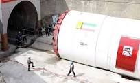 تعیین محل مناسب جهت احداث کارخانه سگمنت تونل انتقال آب کانی سیب با استفاده از روش AHP
