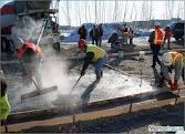 تأثیر روش هایی کاربردی جهت بهبود بخشیدن درکاهش تبخیر آب از مکا نهای تازه بتن ریزی شده در آب و هوای گرم