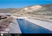 بررسی عددی مکانیسم رفتاری خاکهای غیر اشباع در اندرکنش با رویه بتنی کانالهای انتقال آب