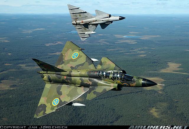 هواپیمای جنگی و اطلاعات فنی انها