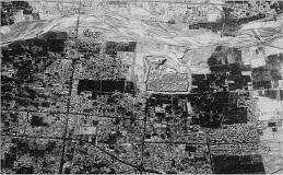 تصویر ماهواره ای رزولوشن بالای شهر بم (اطراف ارگ) پس از زلزله