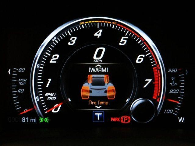 تاکومتر وسیله ای است که تعداد چرخش (دوران) یک قطعه را در یک بازه ی زمانی مشخص اندازه گیری می نماید. معمولا این وسیله بر روی دستگاه هایی قرار می گیرد ک