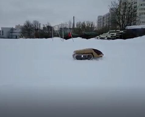 خرید کلیپ آموزشی ساخت یک ماشین پر قدرت کنترلی که در برف حرکت می کند