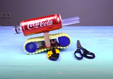 خرید فیلم آموزش ساخت تانک اسباب بازی با باتری نوشابه و دیگر امکانات ساده