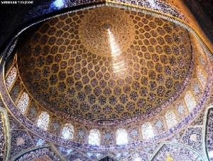 پاورپوینت مسجد شیخ لطف الله برای درس آشنایی با معماری اسلامی