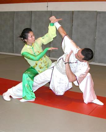 آموزش دفاع شخصی مخصوص ووشو