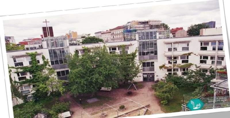 پاورپوینت بررسی مجتمع مسکونی لیندن استراسه - نمونه مشابه مسکونی
